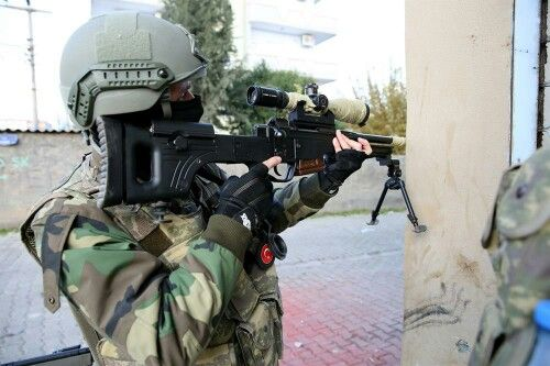 "Turkish Soldier with Turkish Sniper Rifle ""Bora"""