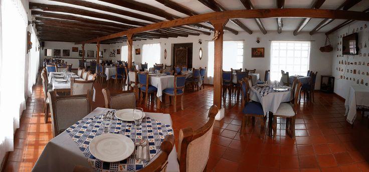 Hotel Abahunza Villa de Leyva - Hotel estilo colonial. Av. Perimetral Calle 8 10-97 @hotel_abahunza (8)7320291- (8)7320018 - 320 4257981/313 3926284