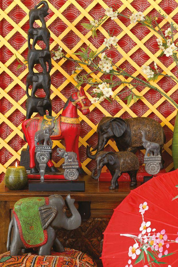 """Los elefantes son típicos del sudeste asiático. Intégralos como toques finales para tus ambientes y lograrás un efecto #Thai.  #Elefantes #Thai #Tailandia #Deco #easydeco #tiendaeasy """"easytienda #easy"""