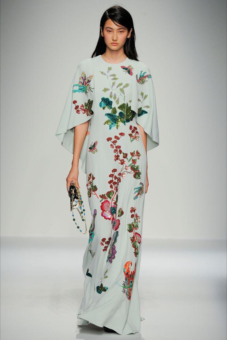 Sfilata Andrew Gn Parigi - Collezioni Primavera Estate 2016 - Vogue