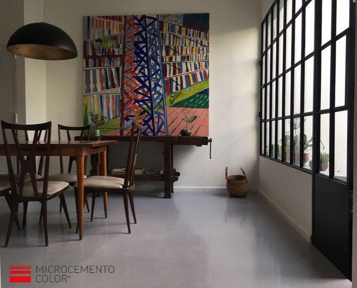 Nuestro cliente Germán y el estudio de los arquitectos Martín Gallini y Maxi Mineo eligieron el Microcemento Color Gris Perla para esta reforma de un PH porteño. Agradecemos la confianza depositada en nosotros y las fotografías! Consultas al 011 (15) 6509-2505