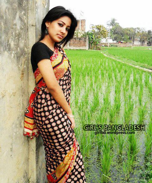 Bangladeshi Hot and sexy Girl,See this video - YouTube