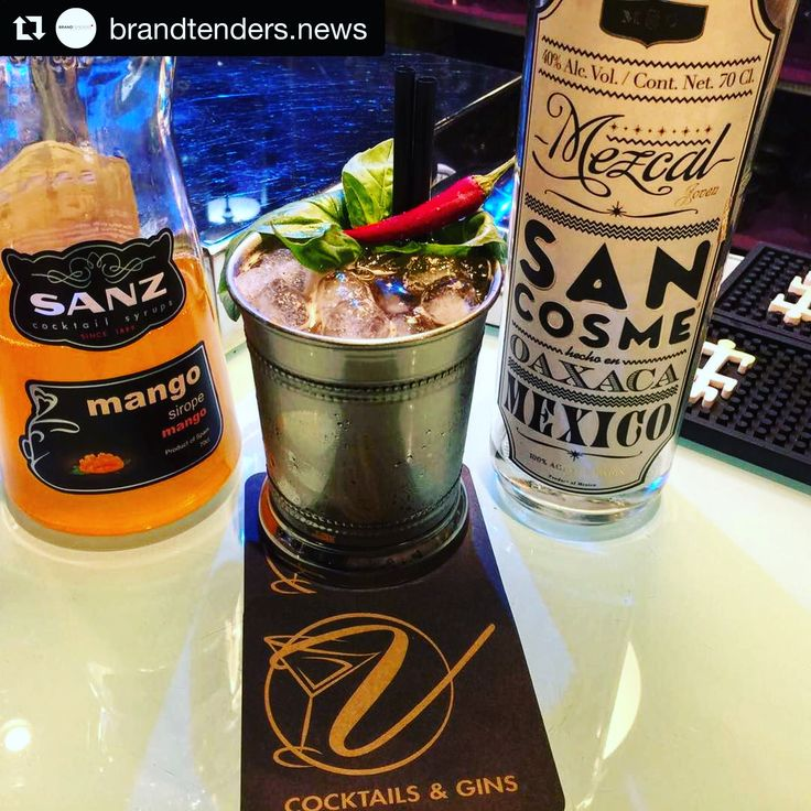 Mango ➕ Mezcal🔛 excelente resultado! Gracias por contar con nuestros jarabes y sacarnos tan guapos! 😉#Repost @brandtenders.news with @repostapp ・・・ Cocktail de Begoña García del @velvet_elda con @sanzcocktails  y @mezcal_sancosme #brandtendersnews #mezcal #cocktail #cocteles #coctel #velvet @ginandtwitts #Jarabes #Sanz #Cocktails #Mixología #Mixology  #bartender #mixologist #flairbartending #falir #cafe #coffee #coctelera #receta #tiki #Blog #Sirope #Syrup #Madrid #margarita #Mexico…