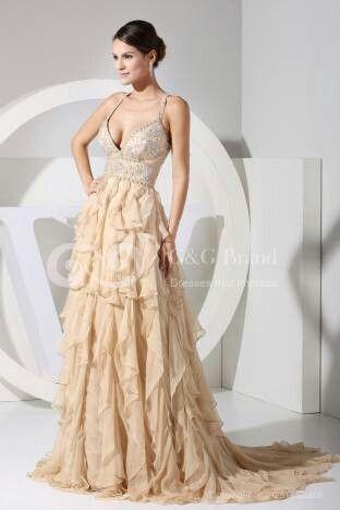 Beige wedding gown  Hochzeit in Beige / Beige Wedding  Pinterest ...