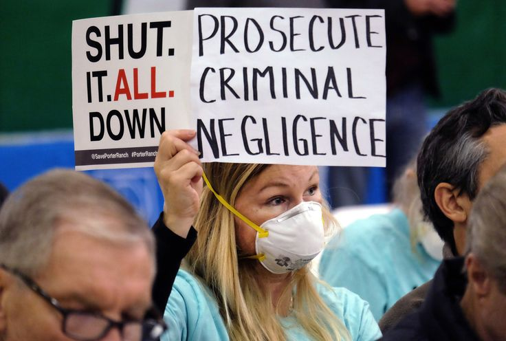 Southern California Gas Co. on Tuesday was charged with failing to immediately notify state authorities about the natural gas leak in Aliso Canyon.