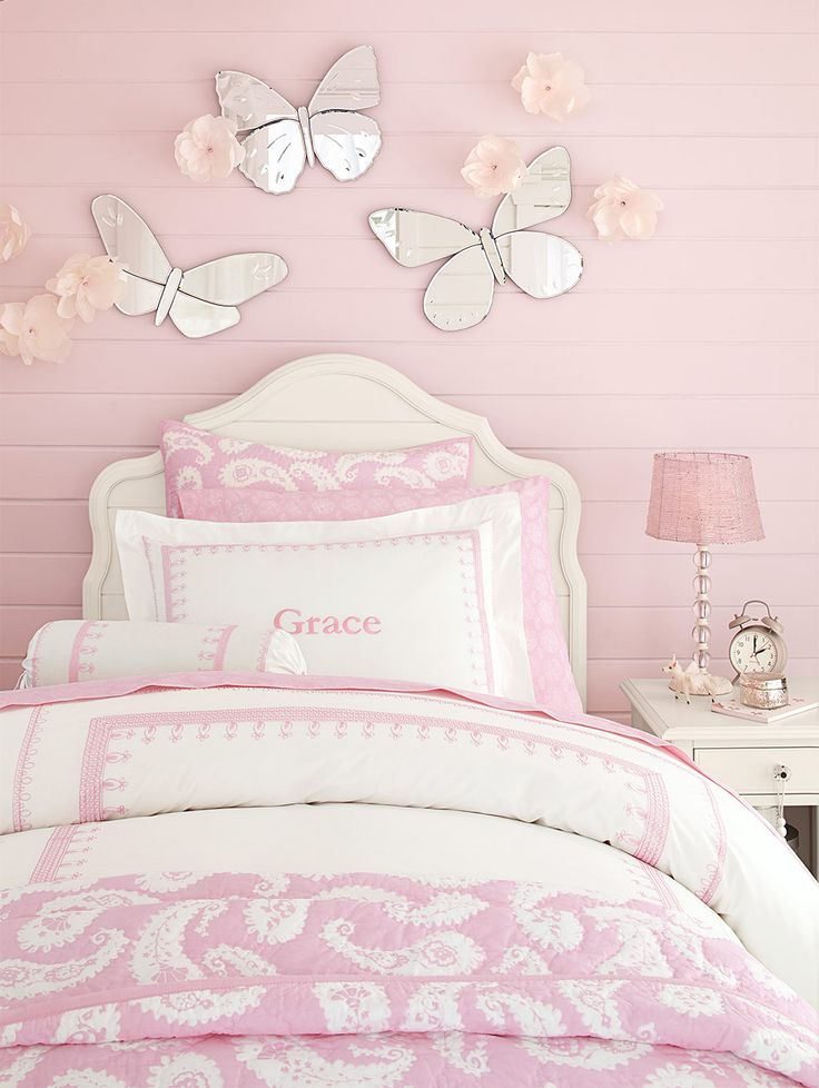 Love the pink paisleys and butterflies.