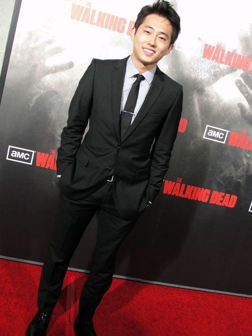 so glad  Steven Yeun survived the season finale of Walking Dead
