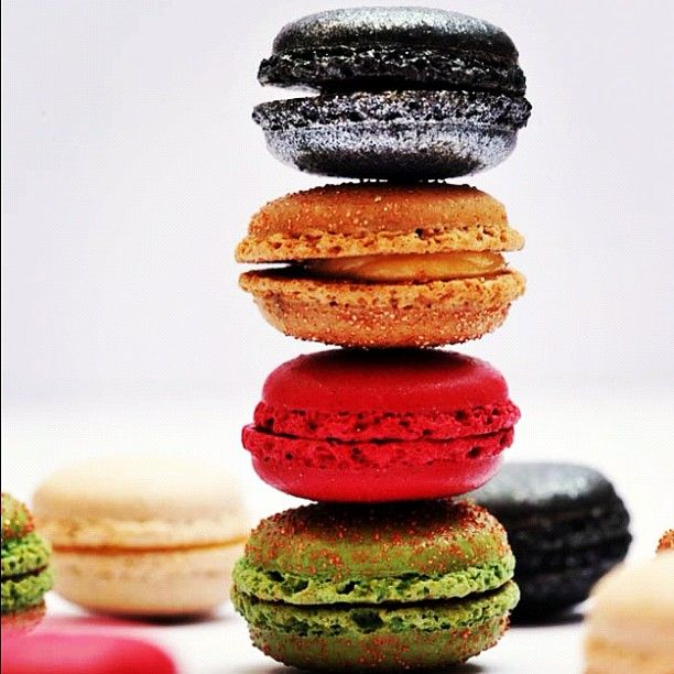 bling bling macarons from Thomas Haas