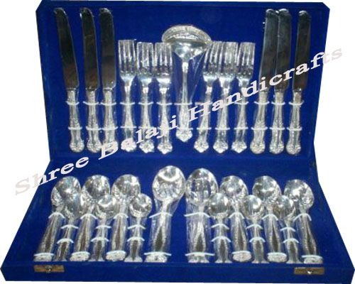 White Metal Silver Cutlery Set, Tea sets, Trays in Delhi NCR India www.sbhdilli.com