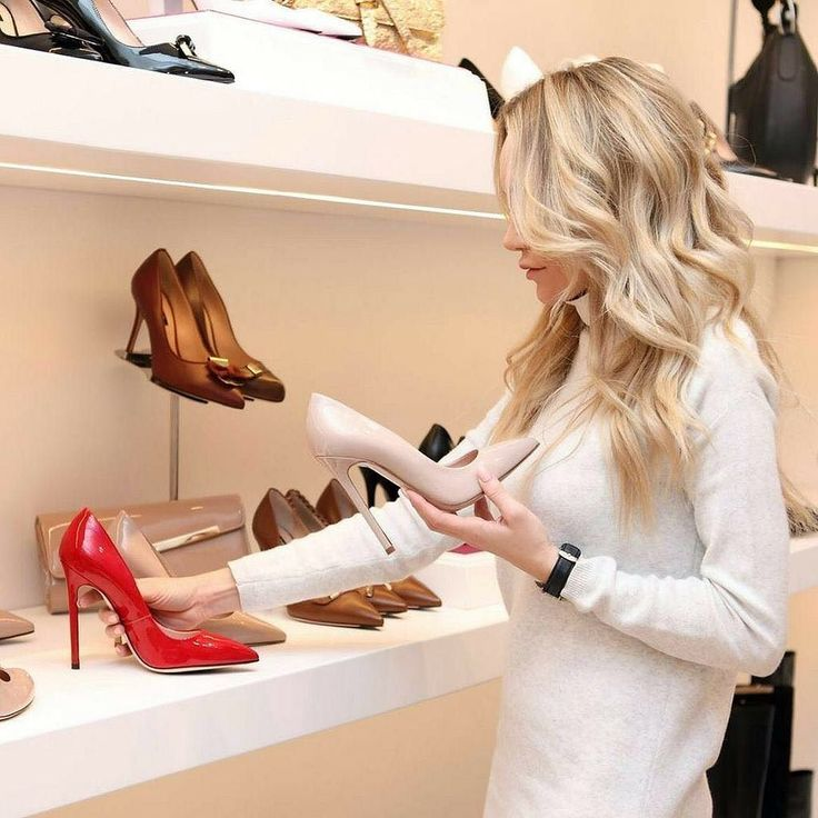"""""""96% of shoppers plan to make a purchase from a retailer who has both a physical and an online presence.""""  - Cushman & Wakefield newCommerce - On the edge of evolving consumer experience. https://buff.ly/2iN1nFB  This holiday season more shopper will start their buying experience online. Make your consumers feel like they're in-store answer questions and facilitate purchase right on the spot. OKTIUM helps businesses provide a buying experience like the ones that they have in-store to their…"""