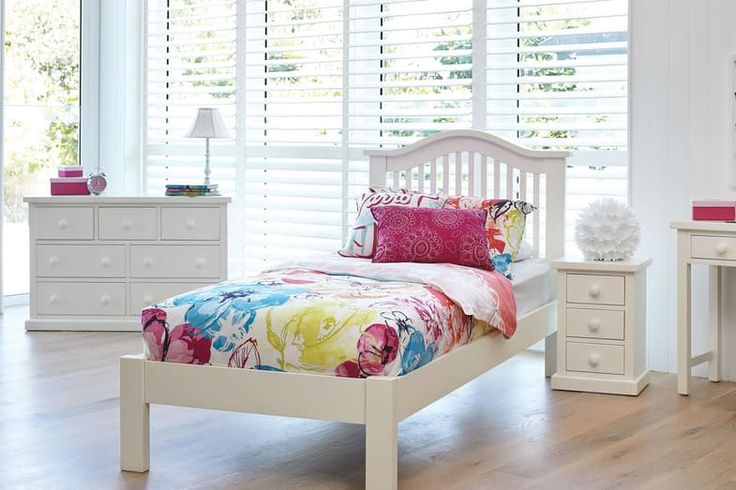 This fabulous Cottingham bedroom furniture changes with your child throughout the years.
