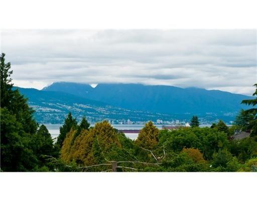 $19,800,000 6 Beds  8.0 Baths 7,876 SqFt Single Family Vancouver, British Columbia