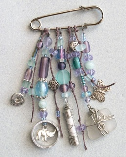 Ro Bruhn, Found objects pins and charms