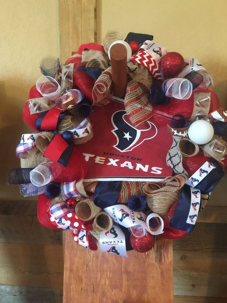 Houston Texans Wreath by GraceHarpDesigns on Etsy https://www.etsy.com/listing/568836654/houston-texans-wreath