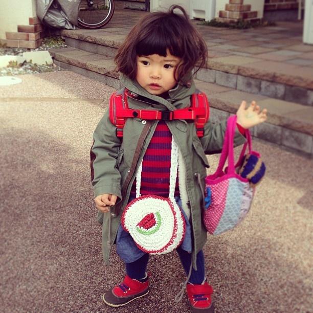 横浜のSOGOに行くだけなんだけどこの大荷物女子だねー´◡` これも