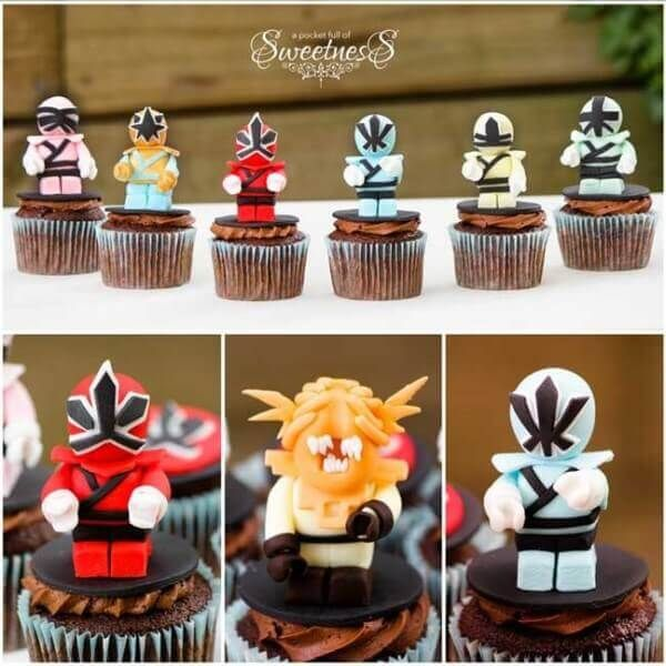 These amazing 3D Power Rangers cupcakes are amazing.