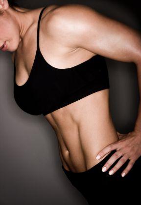 Warum schlanke, sexy Frauen schwere Gewichte heben...