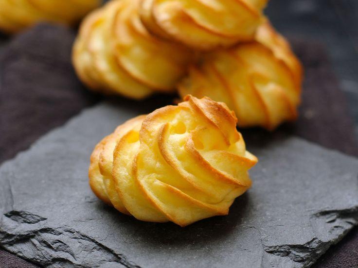 Découvrez la recette Pommes duchesse maison sur cuisineactuelle.fr.