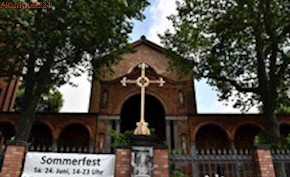 Niemcy: Nowy meczet drażni niektórych muzułmanów