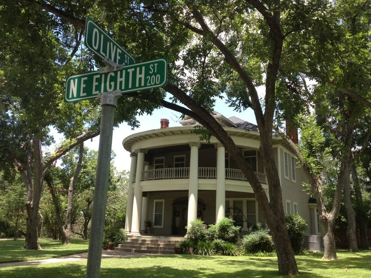 Beyond Bastrop: A photographic tour of Smithville and Elgin