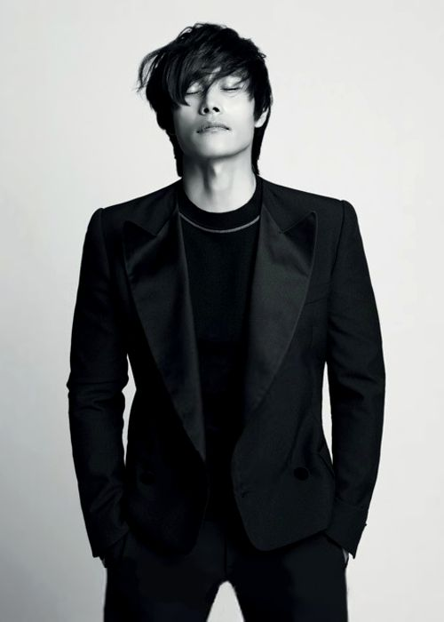 Lee Byung Hun one of my all time favorite actors!