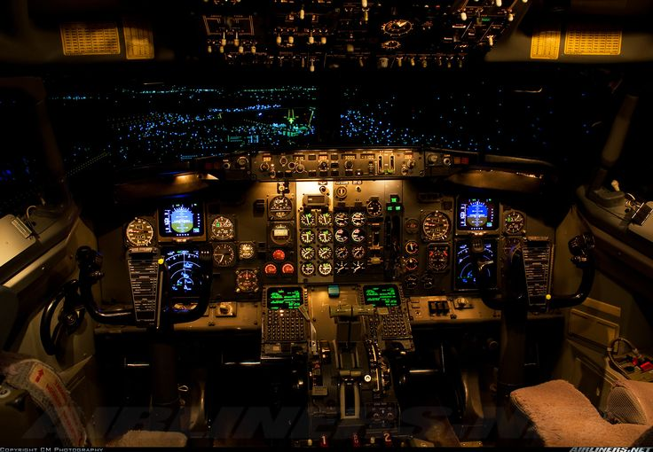 Boeing 737 cockpit. Make a great desktop wallpaper.  Airplane stuff  Pinterest  Wallpapers