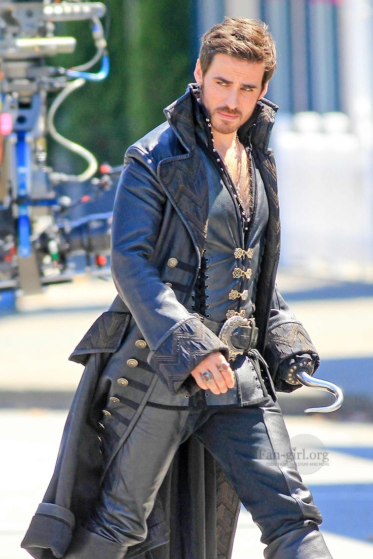 The reason I started watching this show, a hot pirate dressed in black leather.  Not the only reason I now love the show, however.