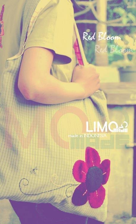 Red Bloom - limo-made.blogspot.com