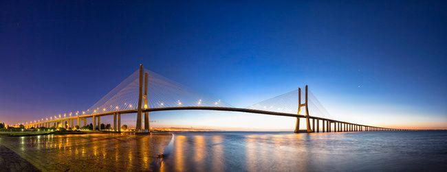 10 puentes europeos que debes cruzar una vez en la vida I Puente de Vasco de Gama, Lisboa