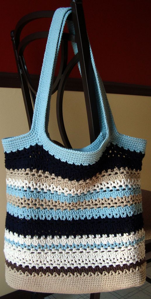 Lacy V Shopping Bag By Cathy Phillips - Free Crochet Pattern - (ravelry)