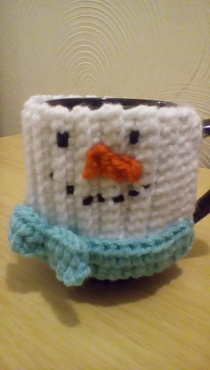 Snow man mug cup cozy by Purplecatzcrochet on Etsy