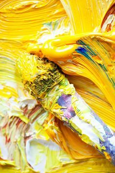 Discover a yellow world of inspirations at http://insplosion.com/inspirations/