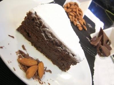 Torta Húmeda de Chocolate y Almendras (sin Harina)