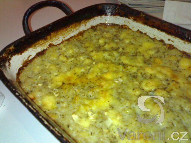 Recept Bramborovo-cuketový nákyp - Upečený nákyp se zlatavým sýrem na povrchu.