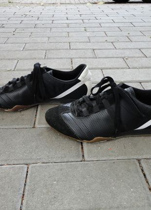 Kaufe meinen Artikel bei #Kleiderkreisel http://www.kleiderkreisel.de/damenschuhe/turnschuhe/107886156-schuhe-schwarz-weiss-esprit-sneaker-41