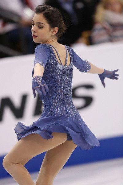 世界選手権・第4日(女子・ペアFS)エフゲーニャ・メドベデワ(ロシア)