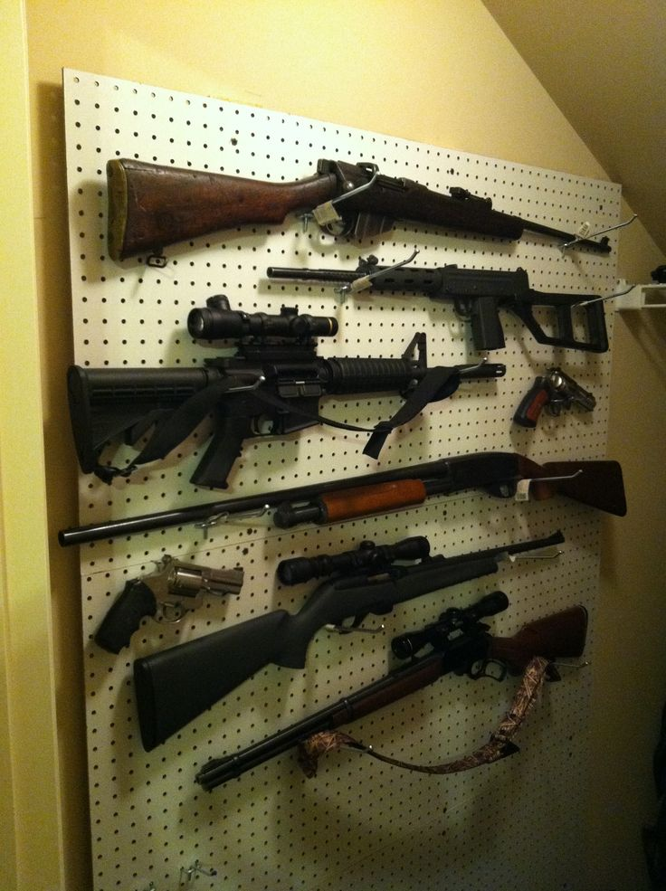Great Closet Gun Storage Idea Using Two 1x4 S And Peg