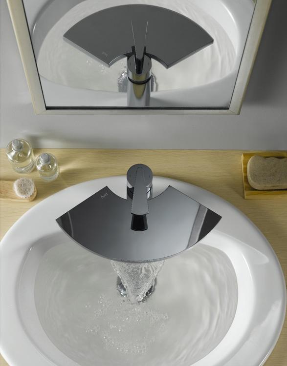 Original And Refine Waterfall Bathroom Tap U2013 Fan By Fluid | DigsDigs