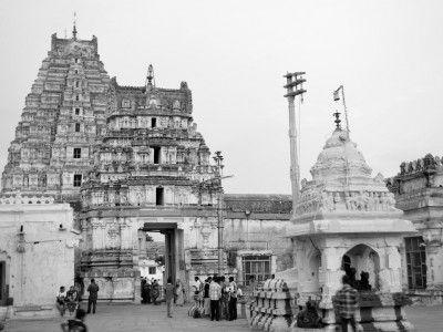 Virupaksha Temple, Hampi, Karnataka, India #India #travel #Kamalan #culture #photo