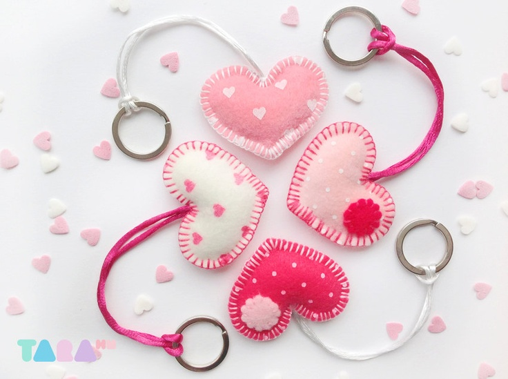 Set of 4 Felt Heart Keyrings, White and Pink, Valentine Gift, Charms, Felt Keychains, Christmas Gift, Party Favors, Valentine Gifts. $25.00, via Etsy.