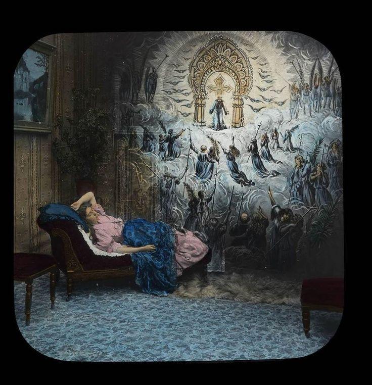 """Cos'è un vetro per Lanterna Magica? In realtà esso è un piccolo mondo! E' il viaggio dell'ICONONAUTA lungo terre lontane! E' il mondo reale a portata di mano! E' il mondo dei sogni racchiuso su un piccolo vetro e proiettato al di fuori della mente.Il vetro ulteriormente arricchito trasfigurando la realtà per renderla altra materia. Come diceva Goethe: """"Cerco di osservare ciò che ho sempre sotto gli occhi: il giardino di casa, la mia strada. E tutto mi sorprende.La Vita è un'inspiegabile…"""
