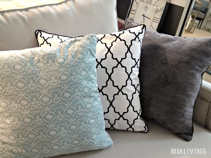 Mialiving moroccan pattern pillows #MIALIVING #pillows #moroccan #pattern #cushions  Photo was taken in @华华 GREY New York Style Interiors Warsaw