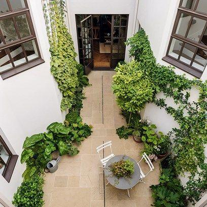 Keyhole Shaped Courtyard