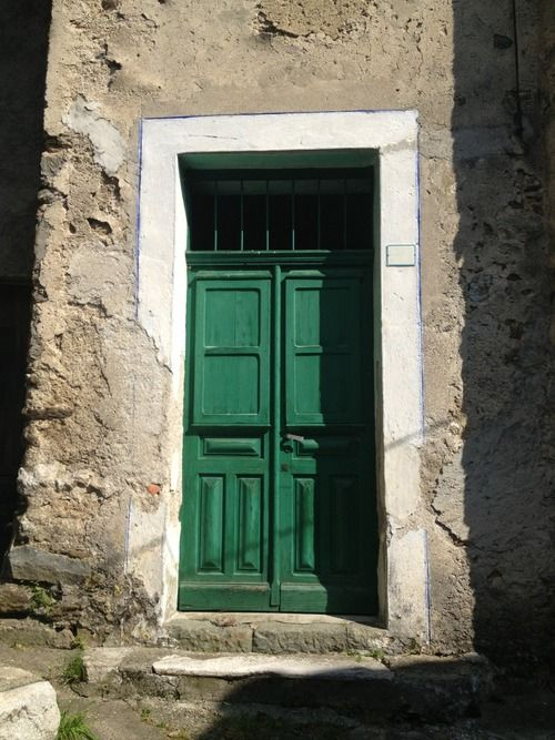 Зеленые двери / Green Doors