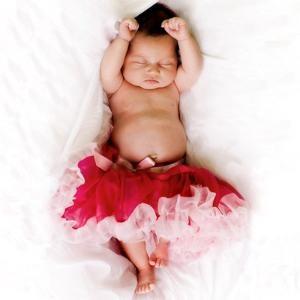 awwww pretty pretty princess :) : Cutest Baby, Baby Tutu, Sweet, Newborns Photo, Photo Ideas, Red Rose, Daughters, Baby Girls, Baby Photo Shoots