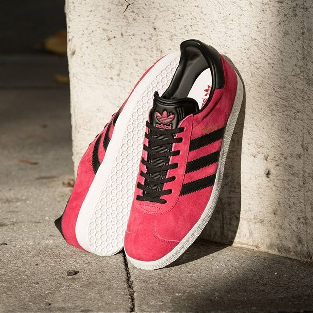 adidas Originals Gazelle: Unity Pink / Black / Gold