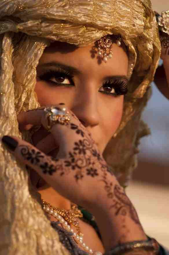Stunning!: Henna, Fashion, Faces, Beauty, Beautiful People, Photo, Women, Culture, Eyes