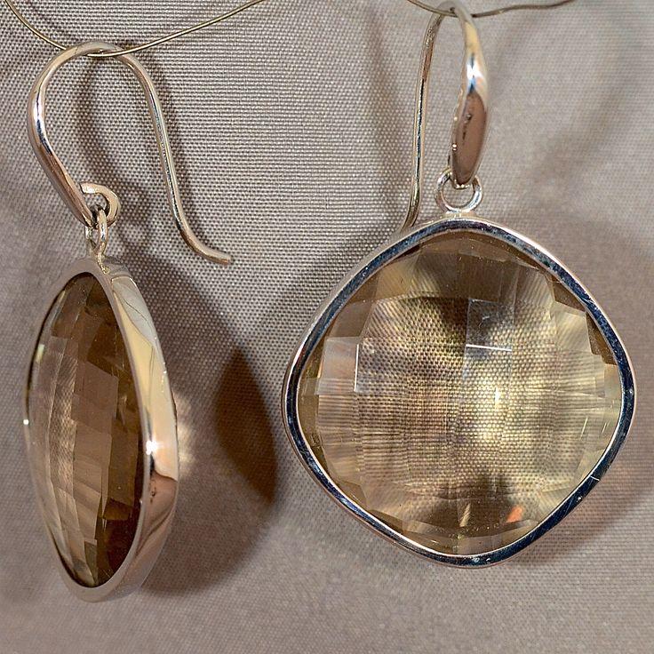 Witgouden oorhangers met rookkwarts. Lil jewels maakt tevens prachtige sieraden van uw oude goud.