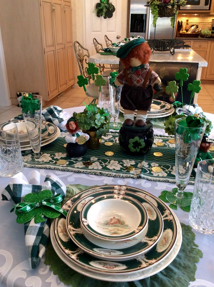 499 best images about saint patrick 39 s day decor and for Table 52 goat cheese biscuits