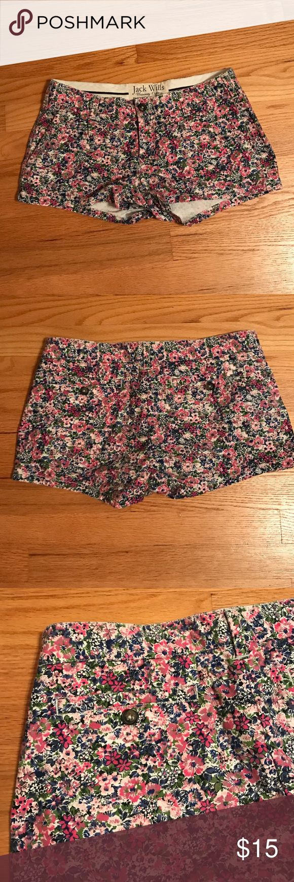 Jack Wills floral shorts Jack Wills floral shorts with zipper and tortoiseshell back buttons. Size 6. Gently worn and overly good condition. Jack Wills Shorts